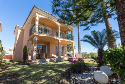 Villa Detached in Riviera del Sol